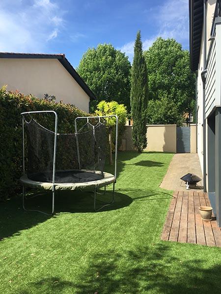 jardin gazon synthétique naturel 35